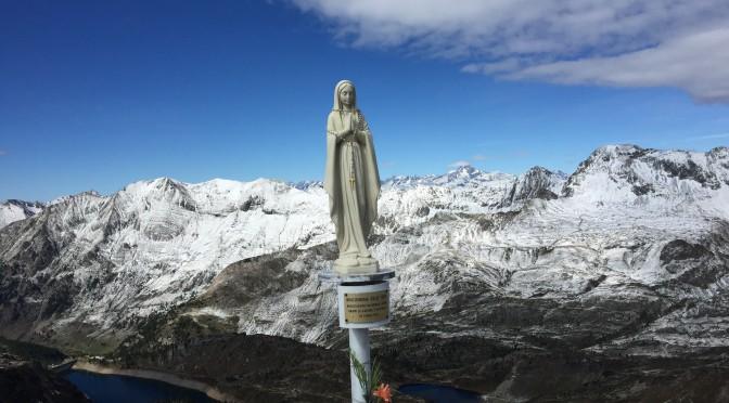 Rifugio Calvi da Gromo e  Monte Madonnino